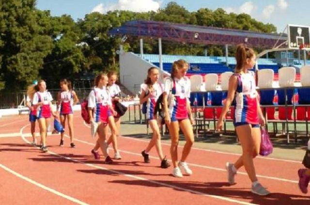Для участников смены запланированы встречи с олимпийскими чемпионами и ведущими спортсменами страны.