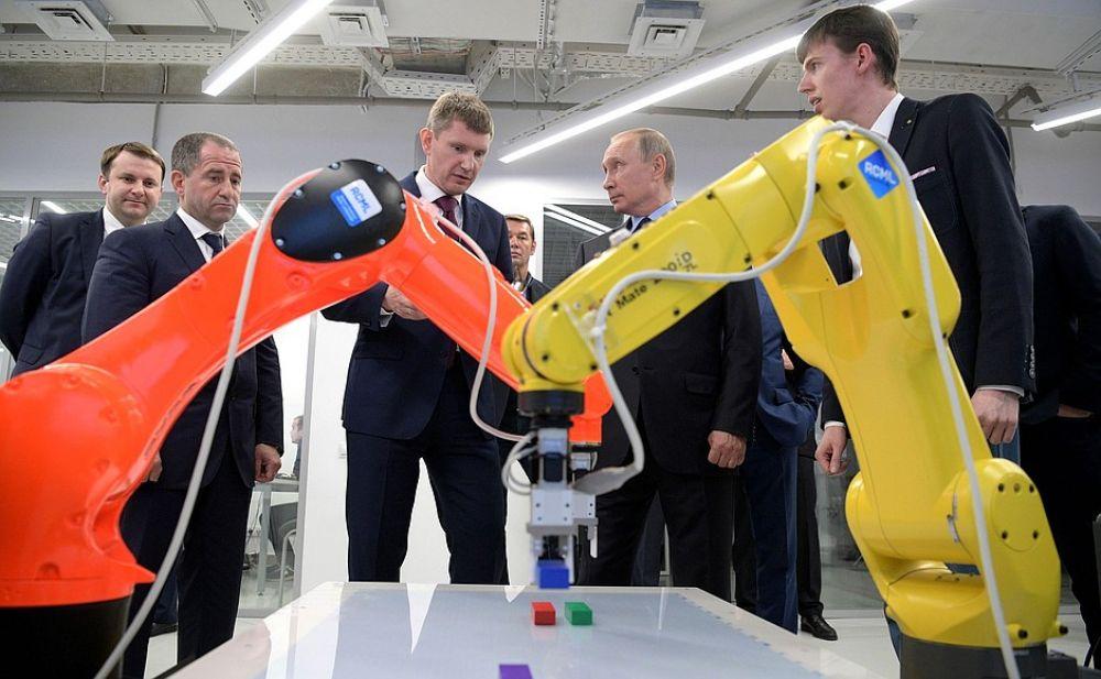 Выставка впечатлила Президента.