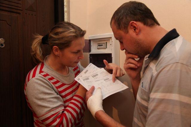 Тюменка оплатила долг за коммуналку только после ареста ее счета в банке