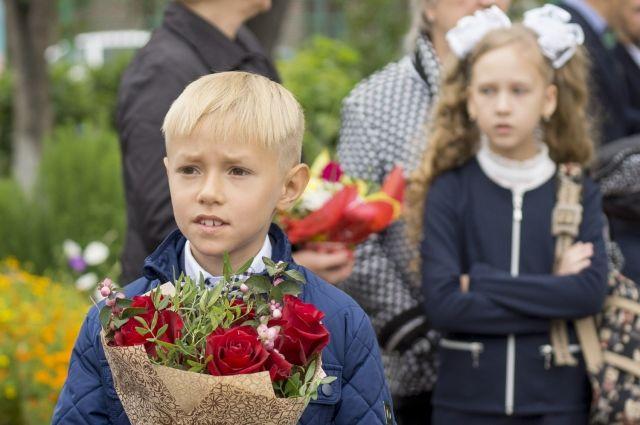 Школьники Тюменской области встретились со знаменитыми людьми