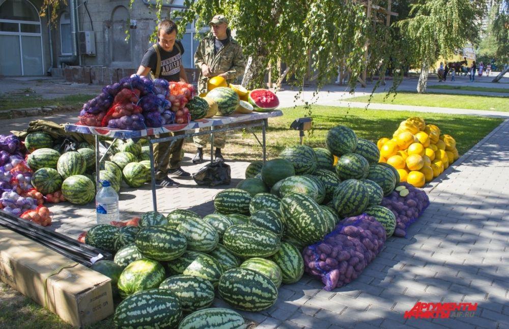 Товары местных фермеров и производителей на фестивале можно было приобрести по выгодным ценам.