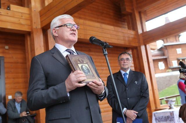 Сквер с монументом святителю Иннокентию открыли вИркутске