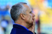 Главный тренер «Ростова» Леонид Кучук не совсем доволен ходом игры.