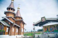 Новый храм на месте разрушенного стал для сельчан символом возрождения.