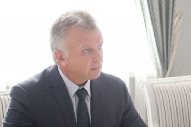 До недавнего времени Владимир Христолюбов занимал пост заместителя министра строительства и дорожного хозяйства Пензенского региона.