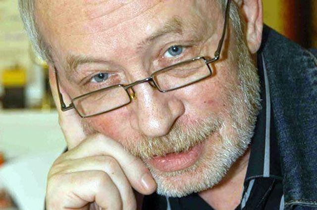 Военный обозреватель и фотокорреспондент Владимир Сварцевич. Справка