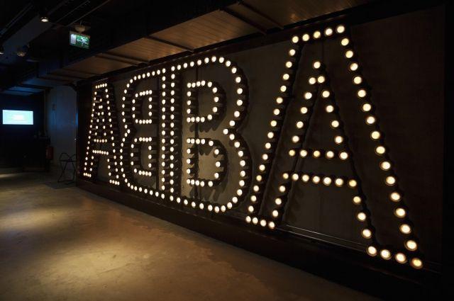 14:54 12/09/2017 0 83 Группа ABBA готовит к 2019 году виртуальное турне Вместо артистов петь будут их цифровые копии