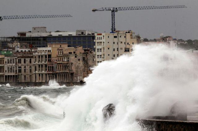 Число погибших  урагана «Ирма» выросло до  55 человек