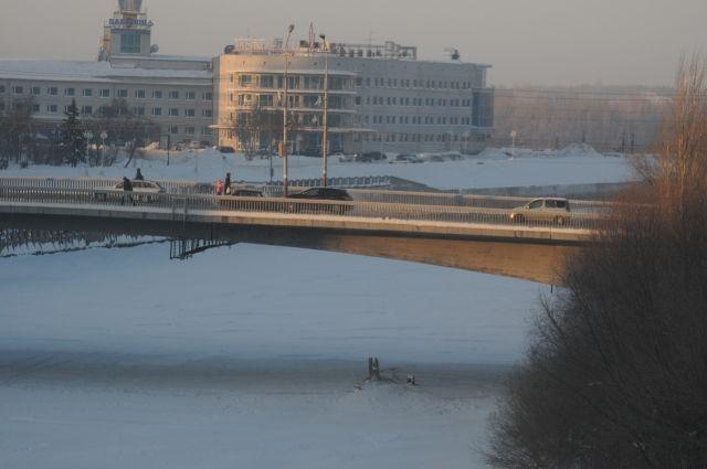 Юбилейный мост будут ремонтировать в зимнее время.