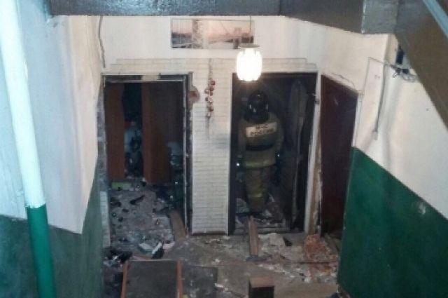 В двухэтажном доме Новосибирска взорвался газовый баллон.