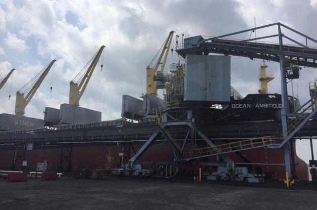 ВОдессу прибыло первое судно с североамериканским углем