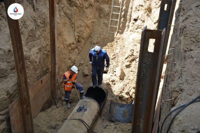 омского водоканала промыли 17 километров водопроводных сетей.