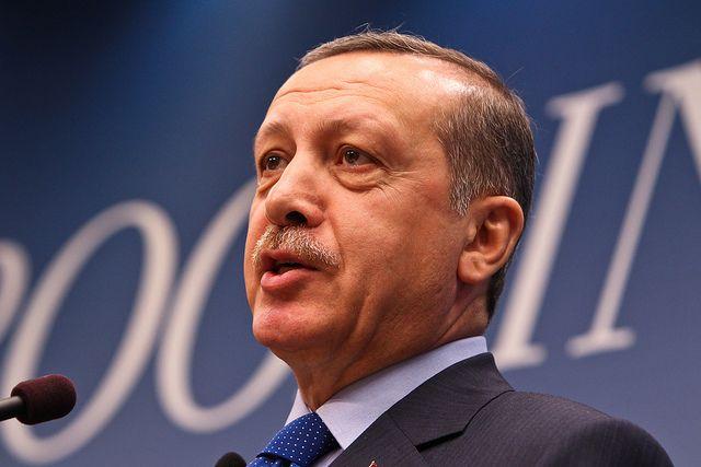 Эрдоган раскритиковал США зареакцию напокупку ракетных систем С-400