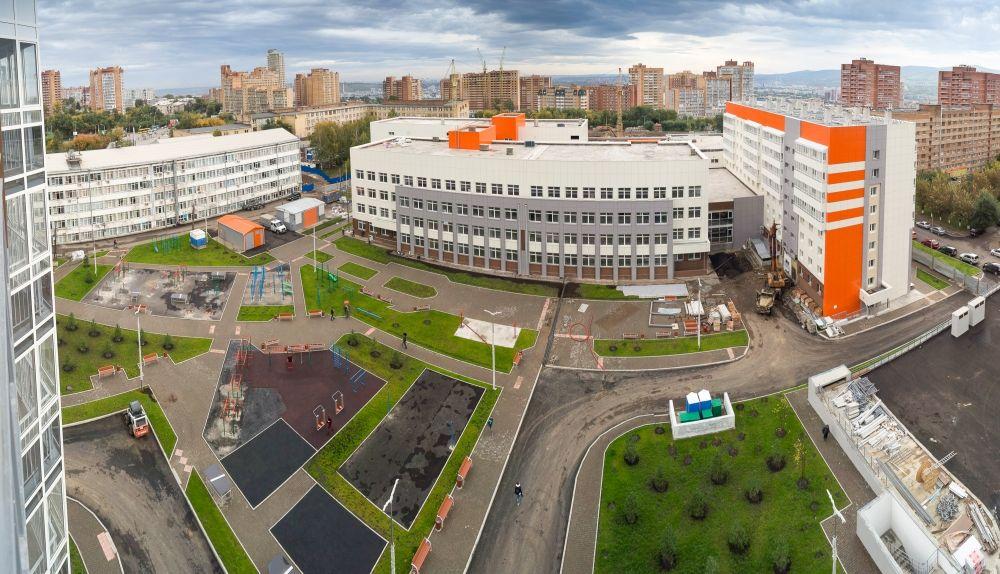 К комплексу «Перья» также относится новый стадион для футбола и регби на 500 мест.