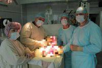 Хирурги больницы им. Юдина поставили мальчика на ноги в буквальном смысле.