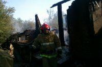 Баня сгорела полностью.