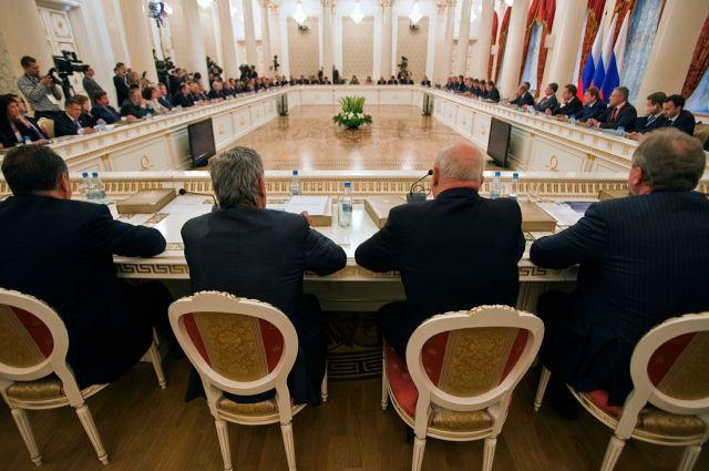 Порошенко: на совещании СНБО сегодня обсудили «оборонительные» статьи государственного бюджета