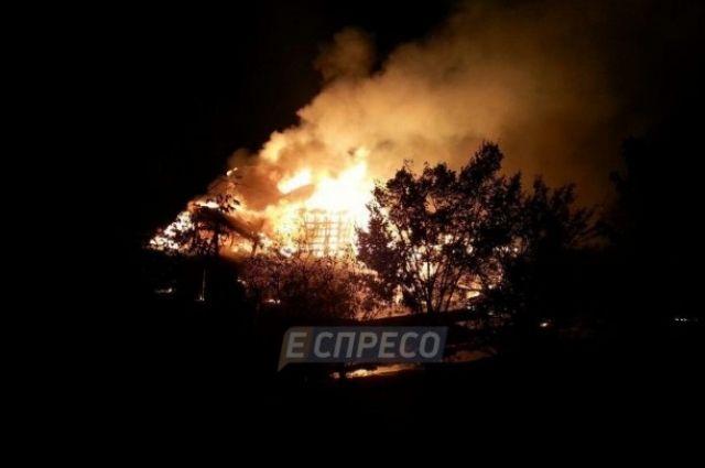 Сгорел ресторан в Киеве