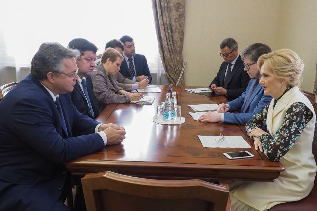 Руководитель Ставрополья Владимиров встретился сзампредом Государственной думы Яровой