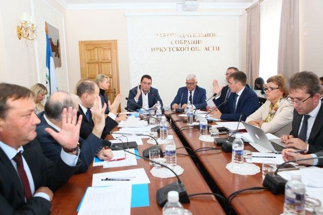 Заседание комитета по здравоохранению и социальной защите под председательством Андрея Лабыгина.