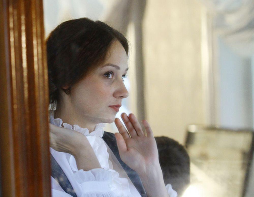 Актеры погружались в материал среди подлинных вещей, принадлежавших семье