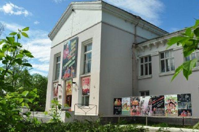 ТЮЗ откроет сезон премьерой спектакля настихи Веры Фейгиной