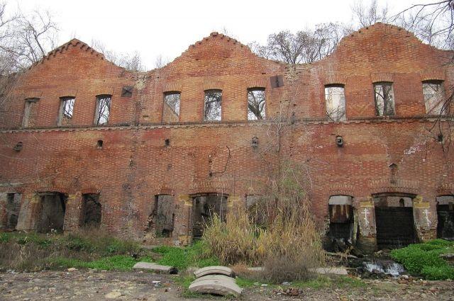 Парамоновские склады в Ростове, являющиеся памятником федерального значения, продали на аукционе.