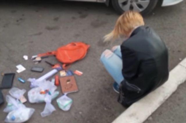 Семейная пара вОренбург задержана с300 грсинтетических наркотиков