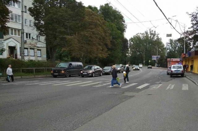 В Калининграде автоледи наехала на 4-летнего ребенка.