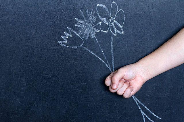 Не смущай педагога своего. Что можно и чего нельзя дарить на День учителя