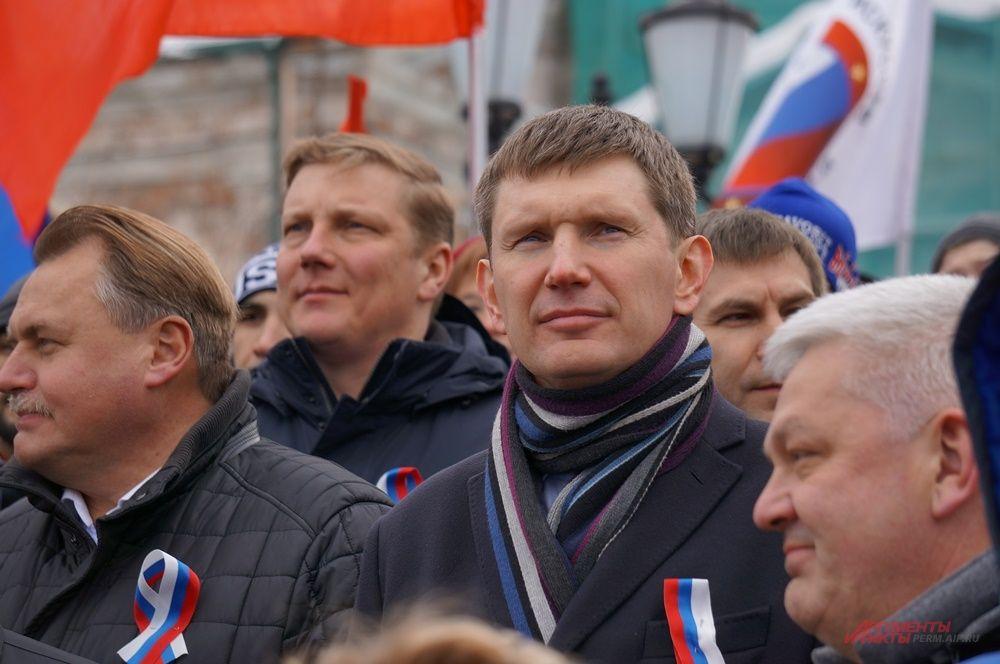 На концерте в честь воссоединения России и Крыма.