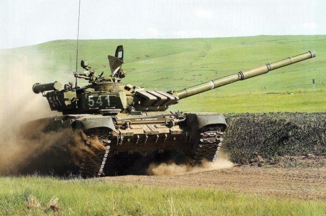 Навыки стрельбы способом «танковой карусели» отработали наполигоне вДагестане