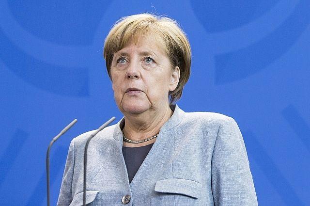 Меркель: миротворцы ООН должны иметь доступ повсей территории Донбасса