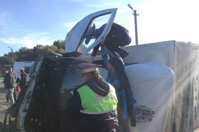 ВТульской области столкнулись 4 автомобиля, два человека погибли