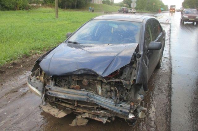 В ДТП погиб водитель легковой машины.