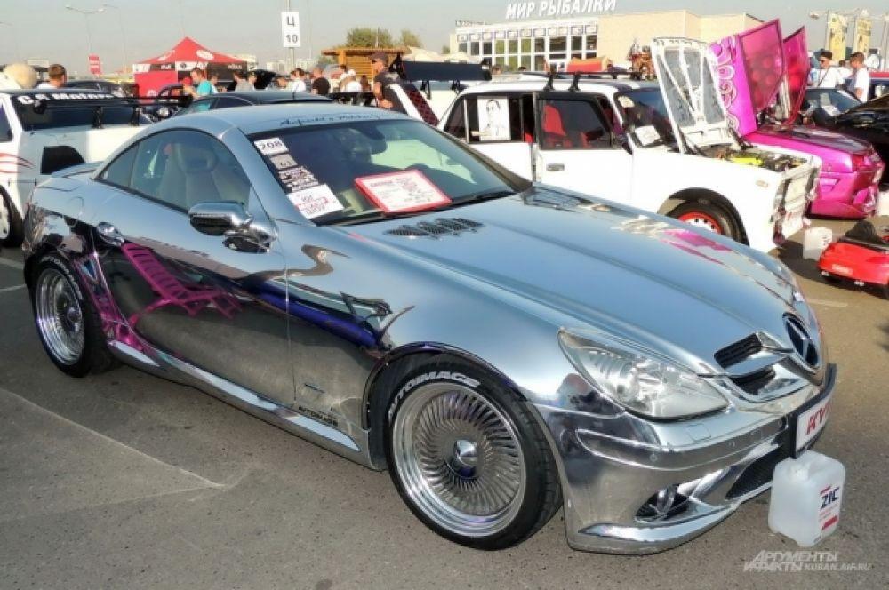 Тюнингованный автомобиль Mercedes-Benz SLK «Lucky Bullet».