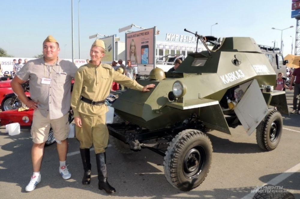 Точная копия советского легкого бронеавтомобиля времен Великой Отечественной войны БА-64.