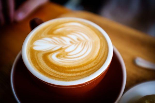 Стоимость чашки капучино варьируется от 80 до 400 рублей.