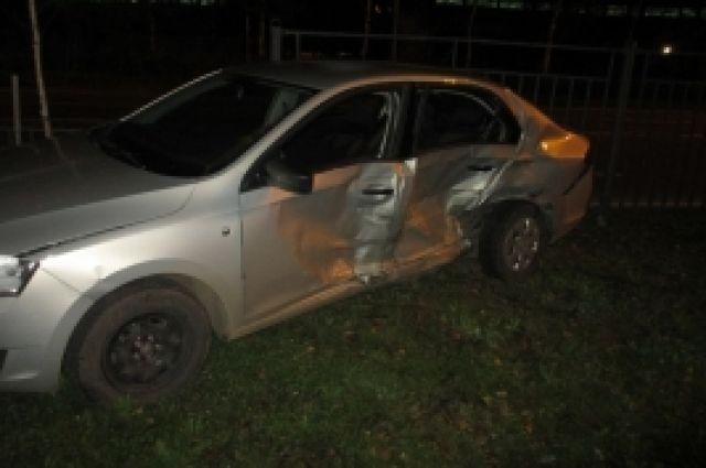 В ДТП пострадали два автомобиля.