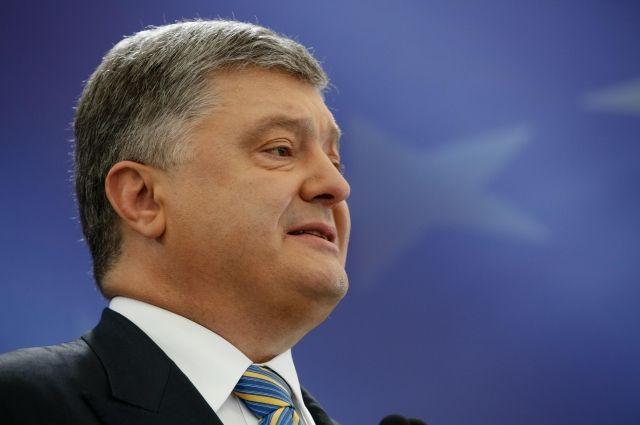 Порошенко: США выделит Украине 500 млн долларов и летальное оружие