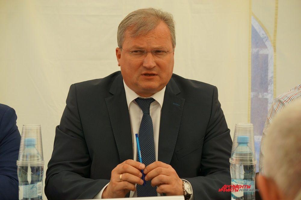 Николай Уханов – министр транспорта Пермского края.