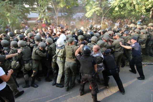 Дело 2 мая: Полиция открыла производство по стычкам у суда