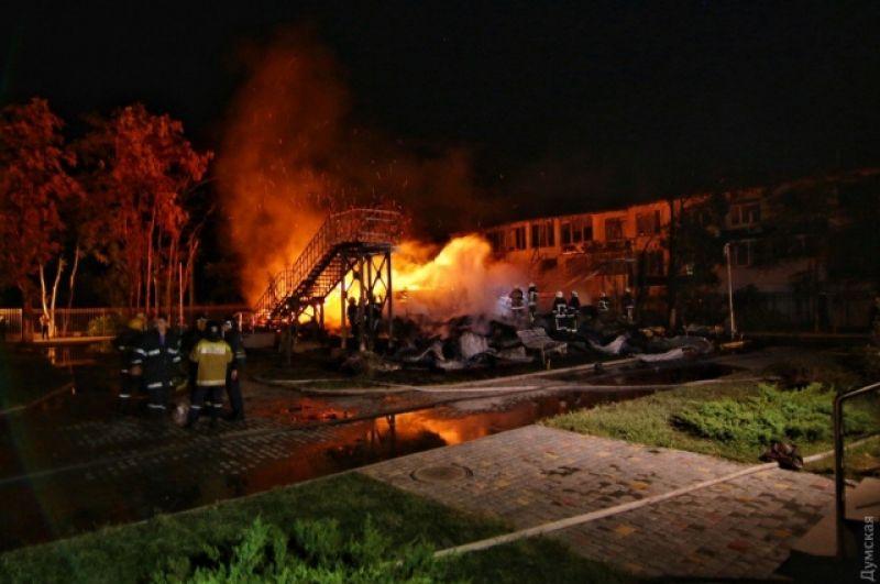 В связи с пожаром в детском лагере возбуждено уголовное дело по статье