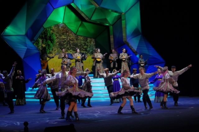 Сибирякам очень понравился концерт, который был после официальной части.