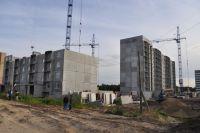 Так выглядит стройплощадка: дома ещё только строятся, а программа уже закончена.