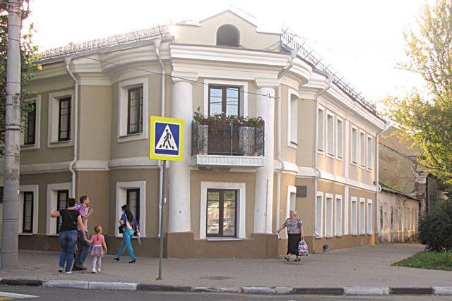 Дом купца Михайлова, что по ул .Пушкинской, — один из объектов начала XIX века, попавших в единый государственный реестр.