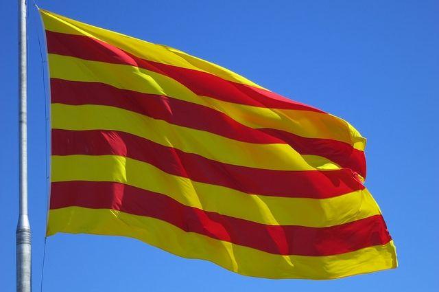 Испанская полиция проводит обыски в правительственных зданиях Каталонии