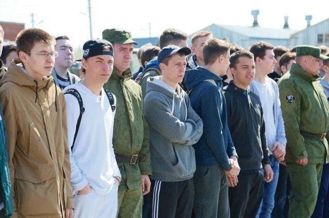 В осенний призыв 2016 года Ростовская область отправила на службу Отечеству более 5000 новобранцев.