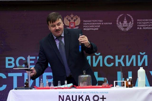 Космонавт-испытатель посетит фестиваль в Салехарде