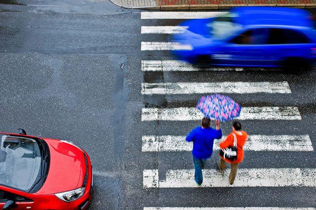 В каких случаях оштрафуют, если водитель не пропустил пешехода?